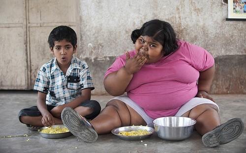 толстая девочка и худой мальчик