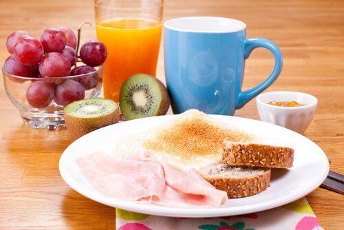 хороший завтрак