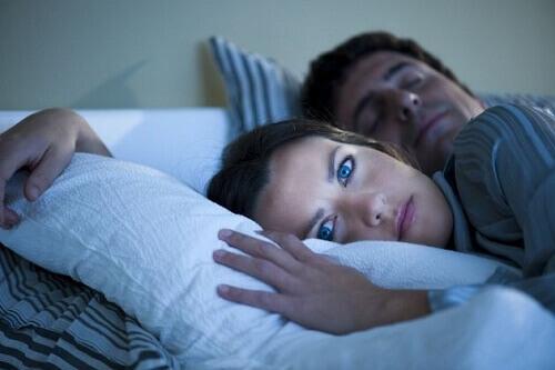 бессонница не дает уснуть