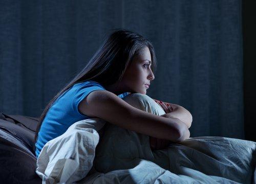 тревоги мучают ночью