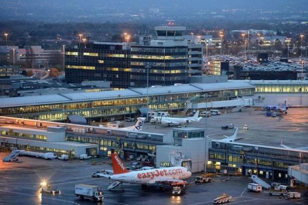 Аэропорт Манчестера, где все произошло