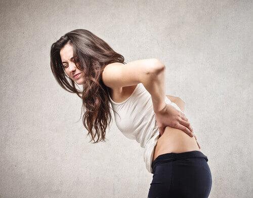 разница между грыжей межпозвонкового диска и болью в спине