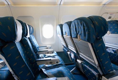 кресла в самолете
