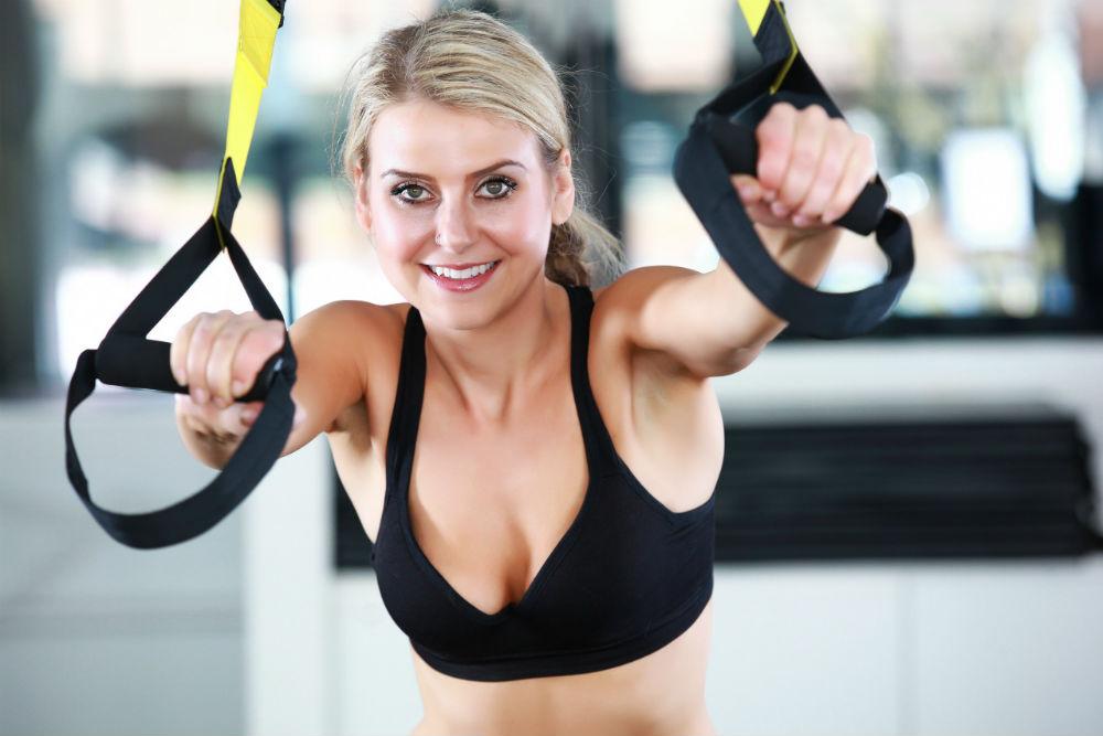 женщина фитнесс