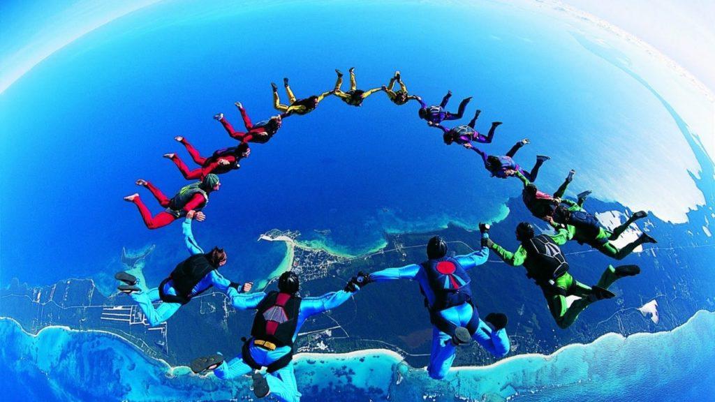 экстрим прыжки с парашютом