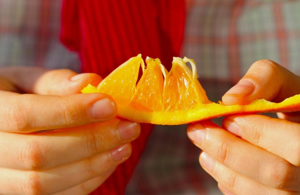 есть апельсин