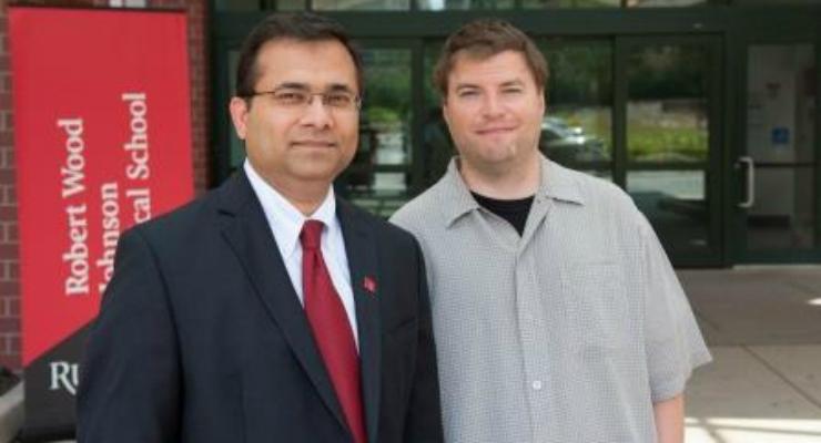 Гаурав Гупта с пациентом Крисом Кэхилом