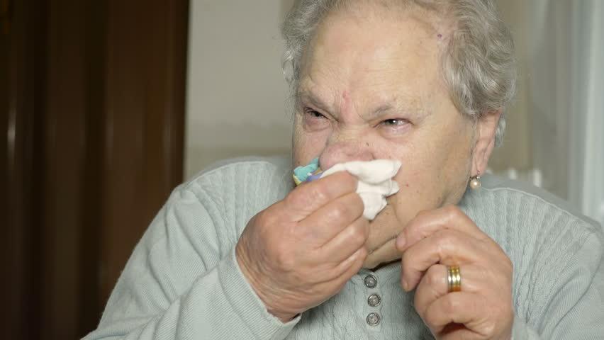 с возрастом люди чаще болеют гриппом