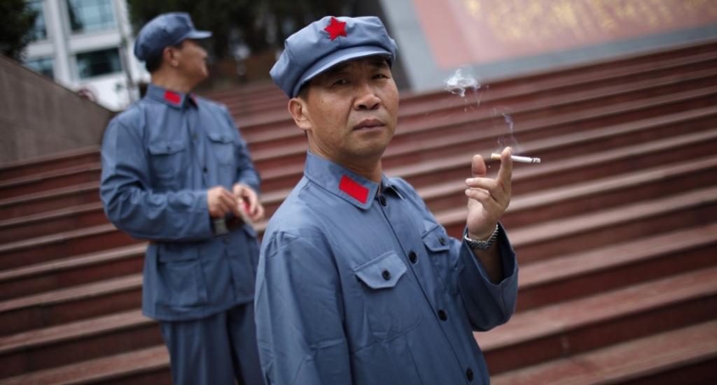 курящие китайцы