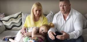 Люси Палмер с семьей