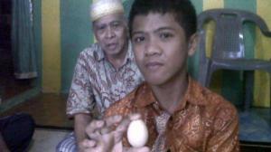 14-летний Акмаль из Говы в Индонезии