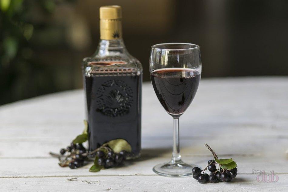 Арония вино