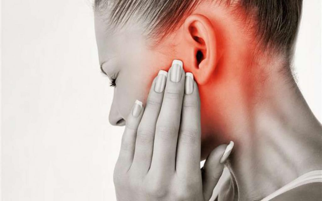 боль в области щитовидки при глотании